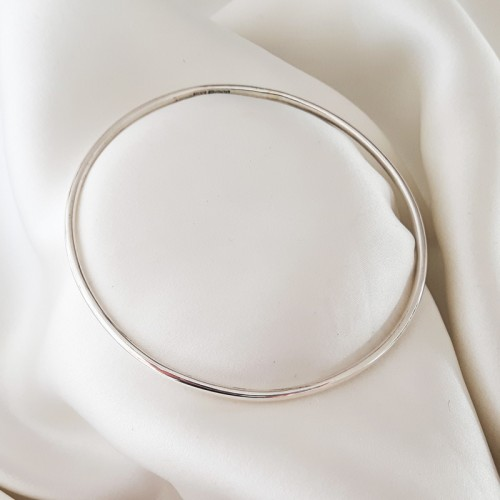 Stacking Oval Bangle