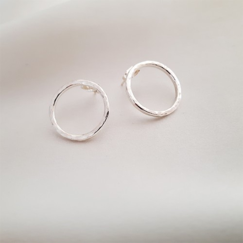 Dainty Hammered Circle Earrings